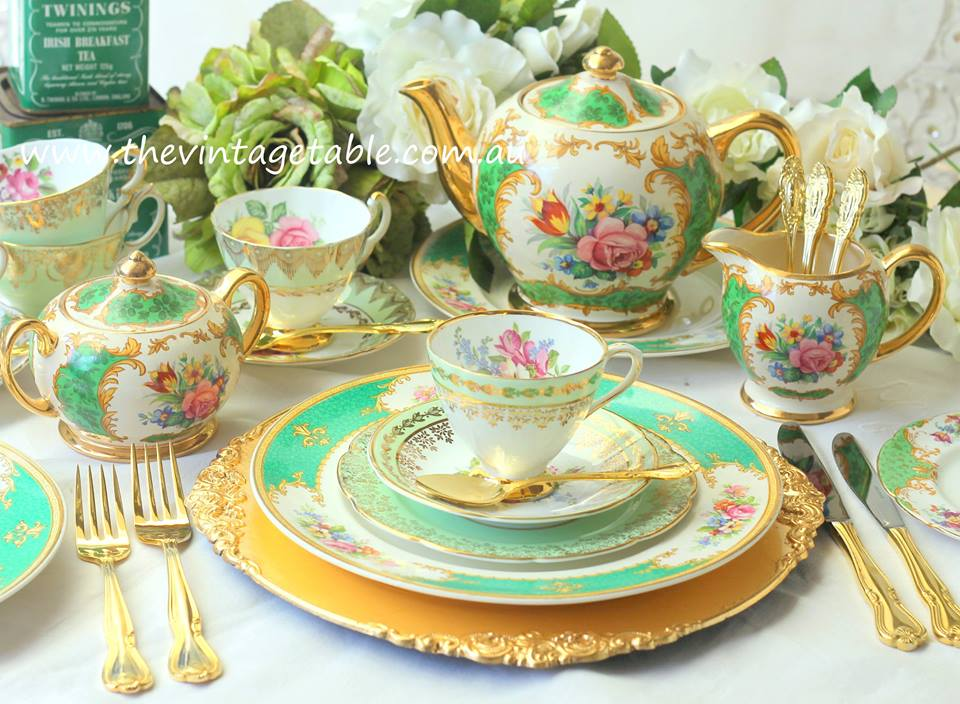 Vintage Dinner Plate, Tea Set, Gold Cutlery & Gold Charger Plate