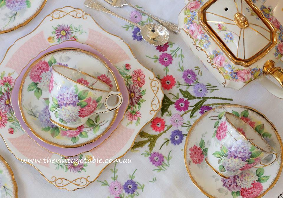 Vintage Floral Tea Sets