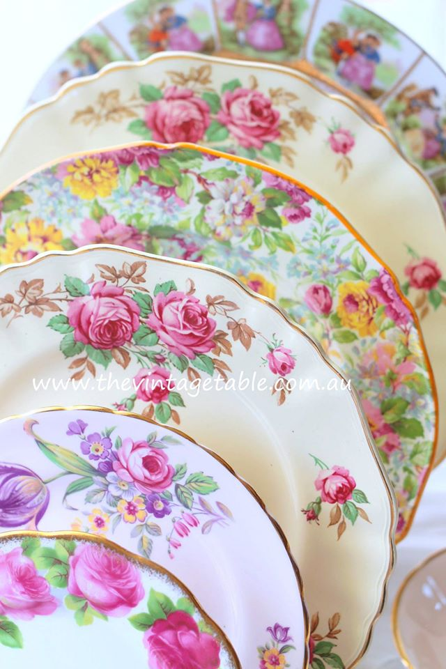 Vintage Roses Dinner Plates | The Vintage Table Perth