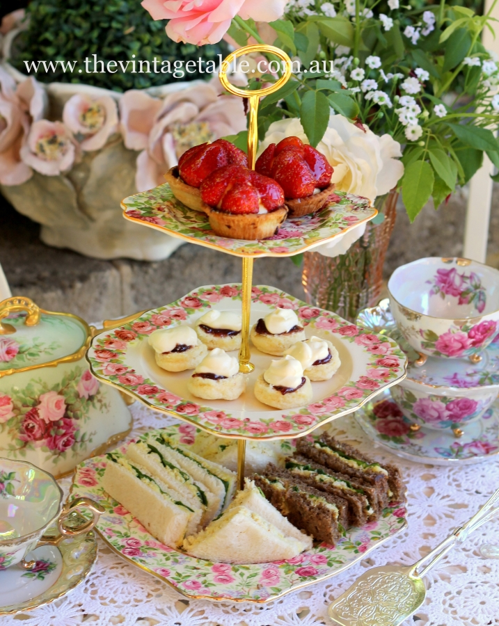 High Tea Classic - Vintage Three Tiered Cake Stand ~ Choice of Silver or Gold Handles