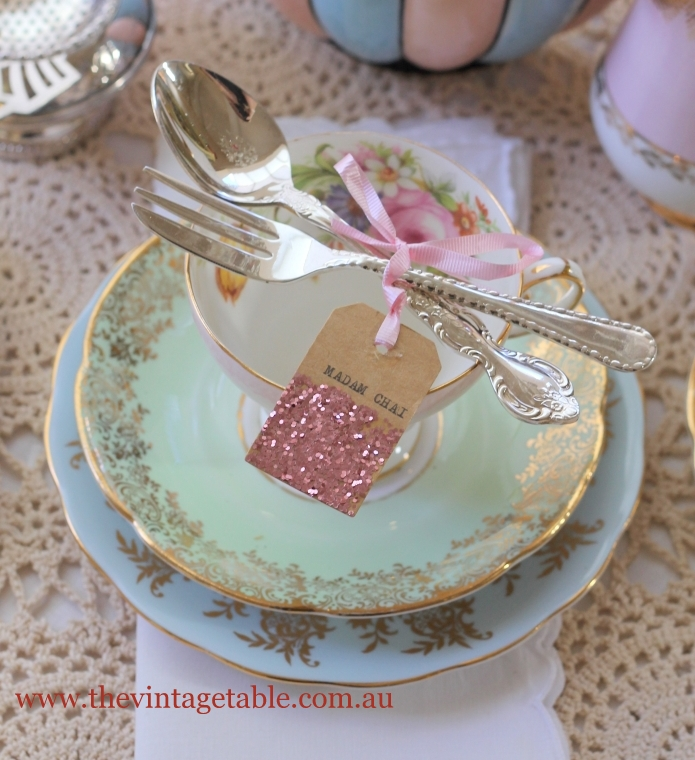 Itu0027s your tea party and whichever way you decide to set your tables your guests will love it . & Setting The Table | Place Settings - The Vintage Table
