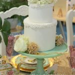 Green Milk Glass Pedestal | Cake by De La Rosa Cakes