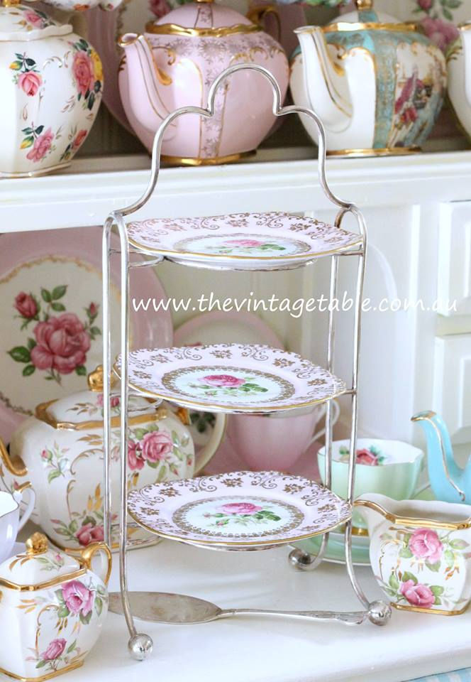 Vintage Cake Stand Hire Perth | The Vintage Table