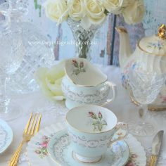 Vintage Entree/Salad Plates with our tea sets and gold cutlery